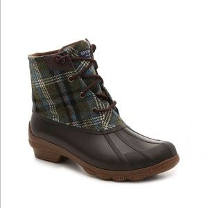New Sperry Duck Boots